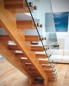 производство деревянных лестниц минск
