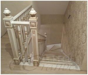 Элитная лестница в коттедж Беларусь, заказать стильную лестницу в дом на второй этаж