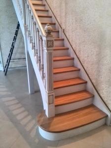 Деревянные лестницы, изготовление деревянных лестниц в Беларуси и России