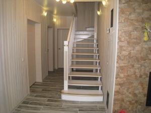 воздушная лестница на больцах из березы Поселок Заводской, Ленинградской области под заказ