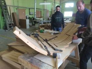 Изготовление гнутоленной тетивы винтовой лестницы lascala grande