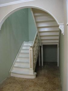 П-образная лестница в Санкт-Петербург