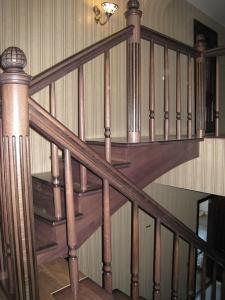 Столбы Лестницы с каннелюрами Ленинградской области