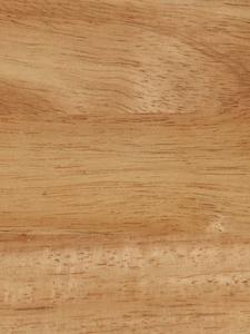 Выбираем материал для будущей лестницы: ясень