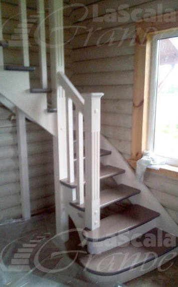 Лепель лестница из дерева на второй этаж