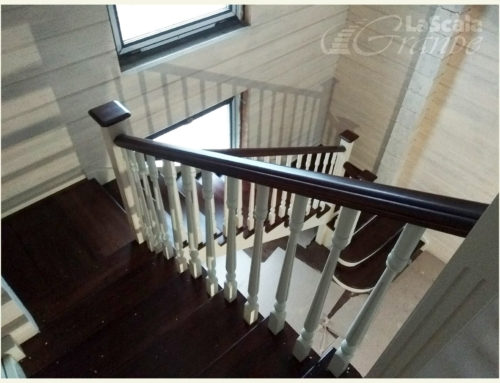 Деревянная лестница в рубленый дом Мочаны Минский район